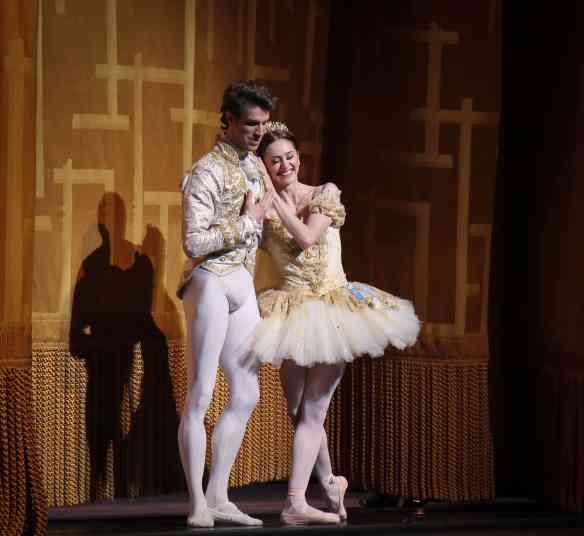 Marianela-Nunez-James-Whiteside-Cinderella-7-2-15d