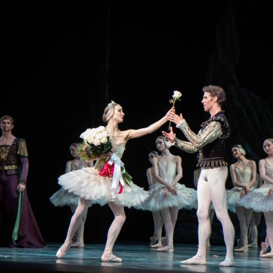 Christine-Shevchenko-James-Whiteside-Swan-Lake-6-20-18-2