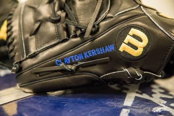 Clayton Kershaw's Glove: Wilson A2000 CK22