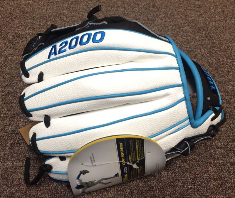 Wilson Glove of the Month October with White Super Skin