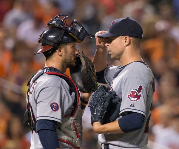 Corey Kluber's Glove: Mizuno Global Elite GGE11NY