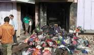 शॉर्ट सर्किट से कपड़े की दुकान में लगी आग, लाखों का सामान जल कर खाक