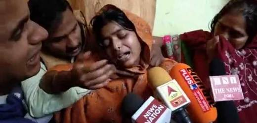 शहीद की पत्नी का रोते रोते बुरा हाल, मां ने कहा – बेटे की शहादत पर गर्व