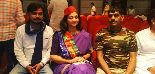 पीएम मोदी के खिलाफ अब तेज बहादुर की 'बहन' भरेगी हुंकार