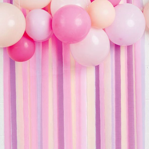 Kreppbaender 'Party Streamers', 7 Rollen a 10 m, rosa-pink-flieder-lila-apricot sort, Dekobeispiel