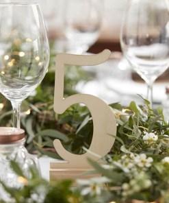 Tischnummern 1 - 12, Holz weiß, freistehend auf Fuß, H circa 15cm , Dekobeispiel