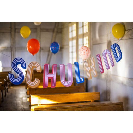 Girlande gestreift, bunt, Schulkind, 3m, Dekobeispiel