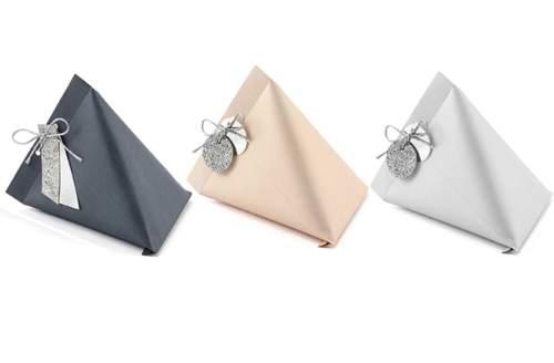 Κουτάκι χάρτινο σε 3 χρώματα για μπομπονιέρα με κορδέλα (6 τεμ)