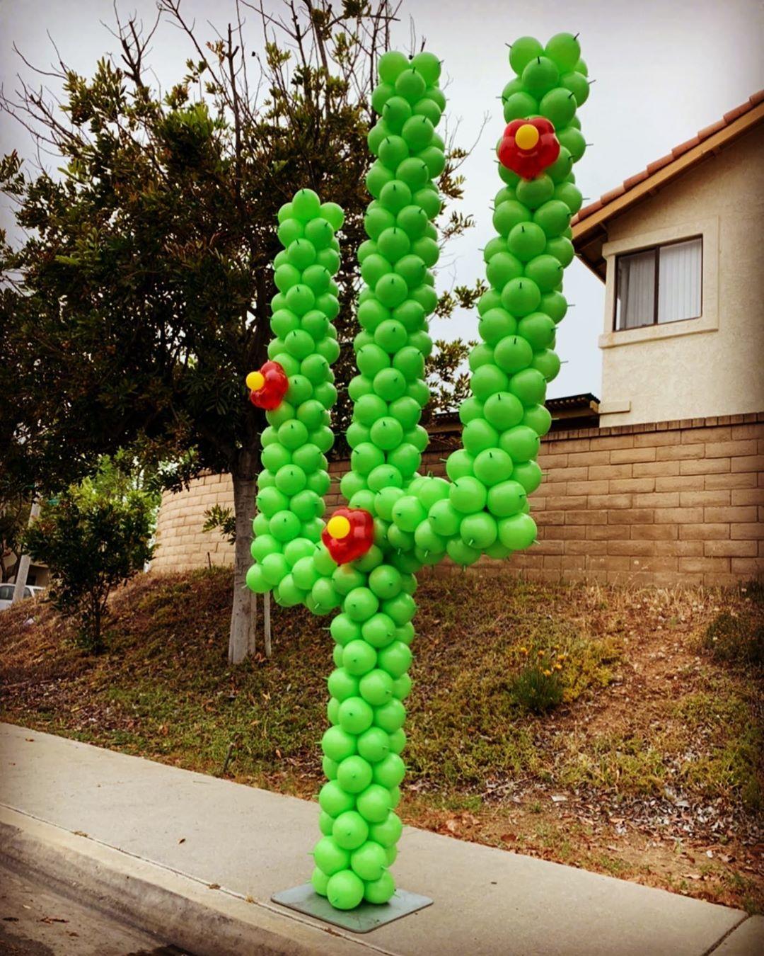 Balloon Sculptures San Diego