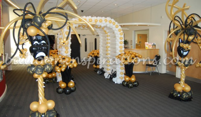 How To Decorate A Masquerade Party On Budget