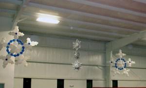 Hanging balloon snowflakes, by Balloonopolis, Columbia, SC