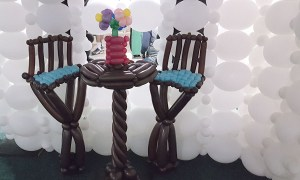 Balloon table and chairs, by Balloonopolis, Columbia, SC