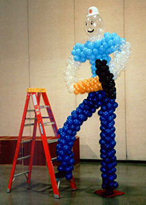 Character balloon sculpture