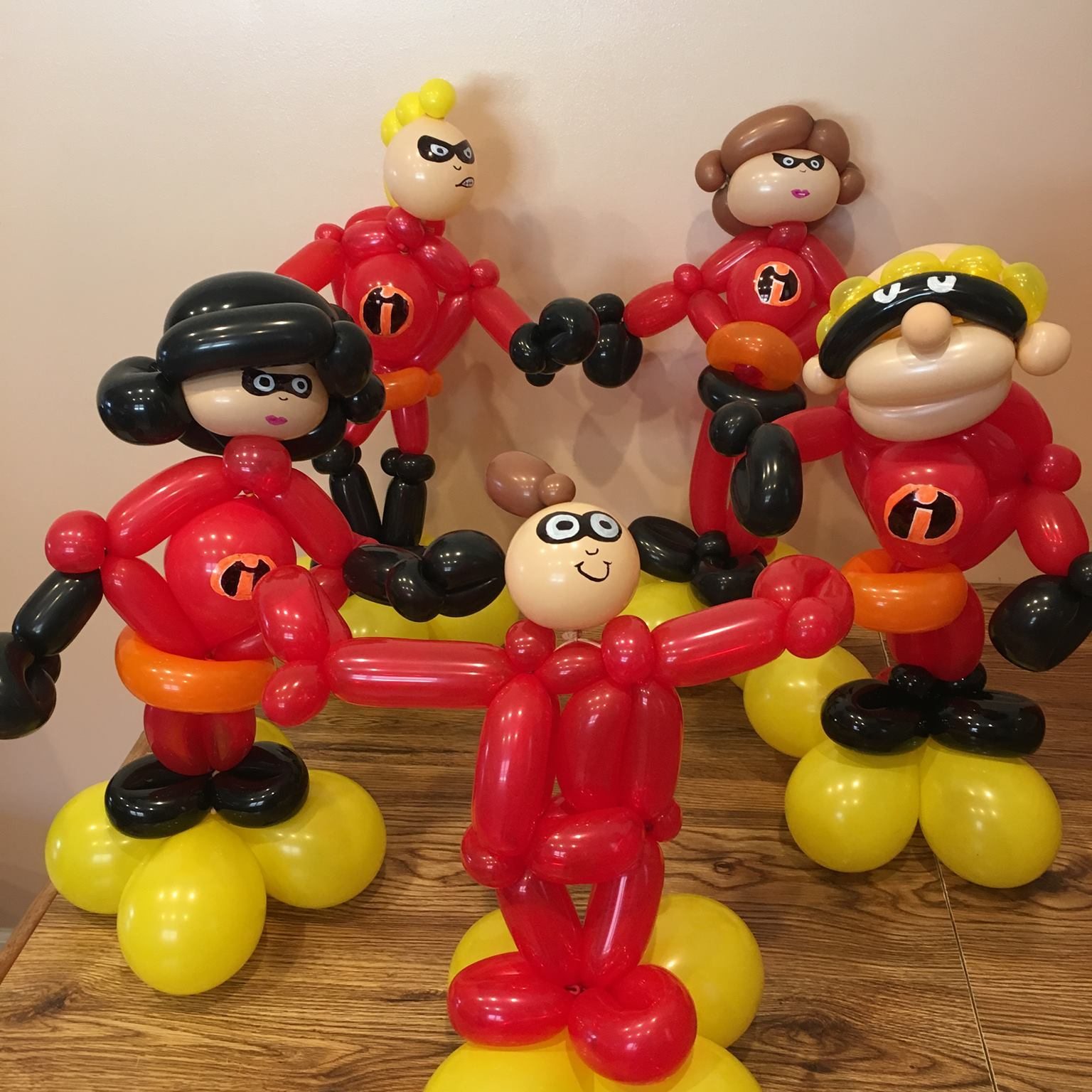 Balloon Super Heroes