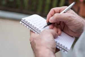how to increase willpower writing down expenses