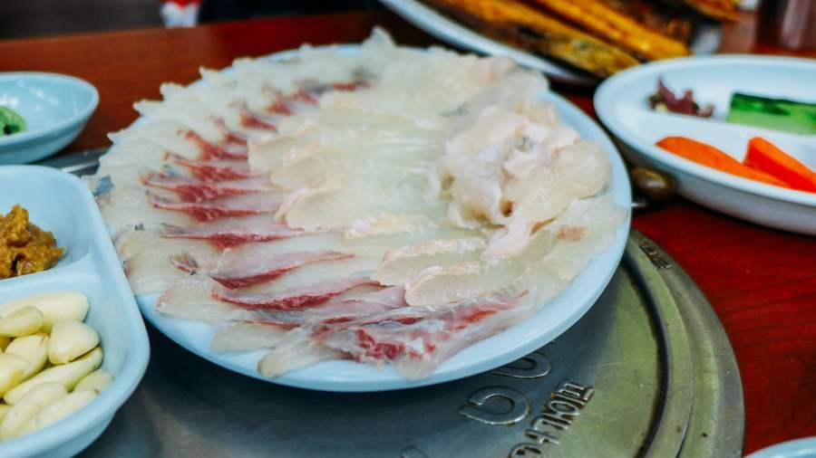 Nữ hoàng là đêm nay: cá sống sashimi