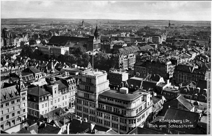 Königsberg's historic city centre with the Dom cathedral on Kneiphof Island at centre in 1937. (Photo M. Popov Collection)