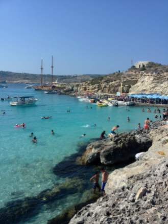Malta: The blue lagoon famous for its sandy-white shining seabed. Photo © by Alessia Bottone