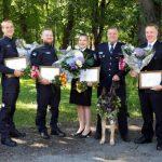 Пять полицейских и собака: стражам порядка вручены премии
