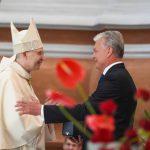 Президент пожелал новому архиепископу Каунаса пестовать ценности уважения и согласия