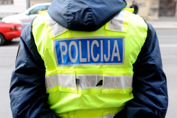 Полиция усилила контроль на дорогах Латвии