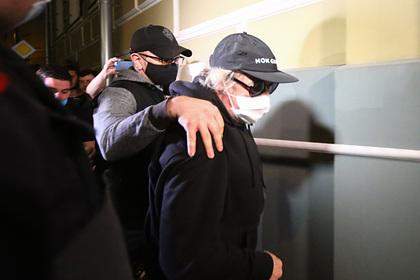 Экс-жену Ефремова удивило отсутствие приглашения на пьянку перед ДТП