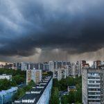 Гроза и сильный ветер ожидаются в Москве 28 июня