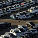 Импорт легковых автомобилей в 1 квартале упал на 15%