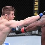 Итальянский боец UFC «задушил» соперника