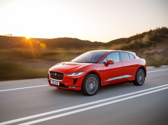Jaguar I-Pace подешевел в России после обнуления пошлин на электромобили