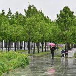 Ливни с грозой и крупным градом сохранятся в столице до конца дня