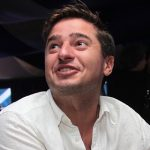 На оказавшегося рядом с пьяным Ефремовым актера обрушились с критикой