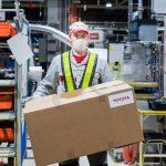 Петербургский завод Toyota наладил выпуск средств индивидуальной защиты