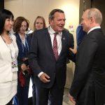 Шредер призывает Европу отменить антироссийские санкции