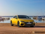 Volkswagen начинает продажи лифтбека Arteon в России