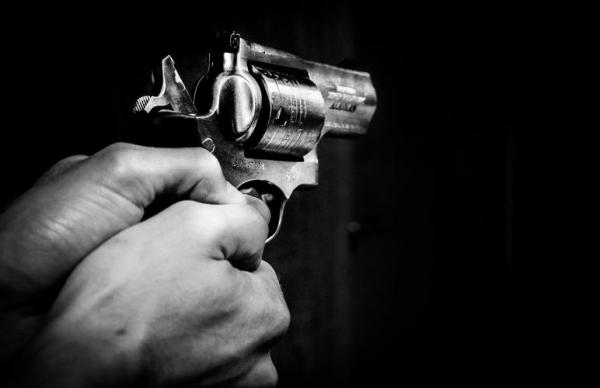 В Ласнамяэ мужчина со стартовым пистолетом напугал прохожих