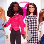 Юных американок привлекут к политике куклы Барби