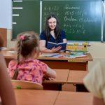 Минпросвещения открывает набор учителей для преподавания в зарубежных школах