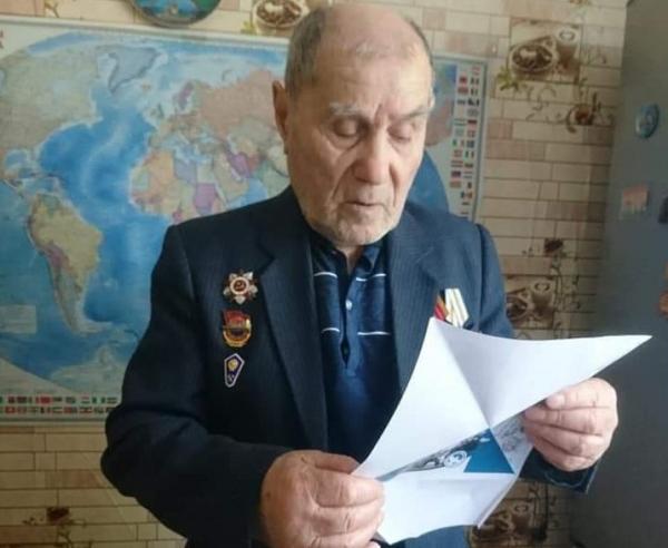 Ветераны из Новороссийска получили письма с поздравлениями от школьников из Ливана