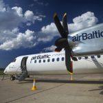 Восстановят регулярные авиарейсы между Ригой и Лиепаей
