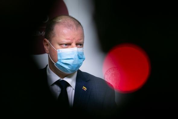 На следующей неделе кабмин Литвы получит рекомендации медиков об обязательном ношении масок