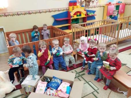 Соотечественники из Канады помогают детям Донбасса
