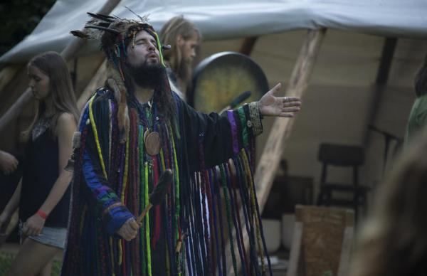 Фестиваль шаманов: поиски созвучия с природой — фото