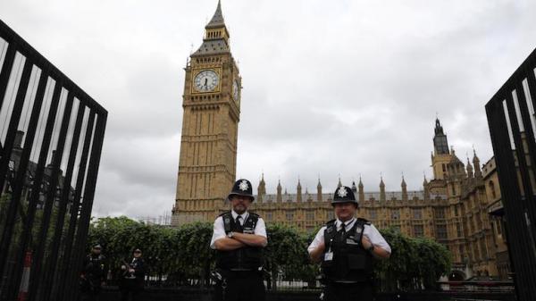 Times: Джонсон предложил перевезти парламент из Лондона пока Вестминстер на реконструкции