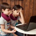 Новый закон Латвии обойдется родителям двух детей в 600 евро