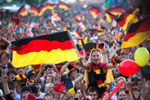 Александр Шеффнер: Трансатлантическое партнерство сковывает Германию