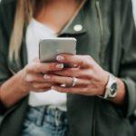 Как и чем правильно чистить смартфон от микробов? Средства и лайфхаки