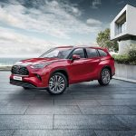 Toyota огорошила ценником на новый Highlander в России
