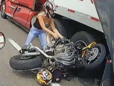За что мотоциклисты ненавидят автовладельцев