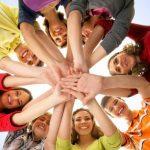 Международный день молодёжи отмечают в России и мире